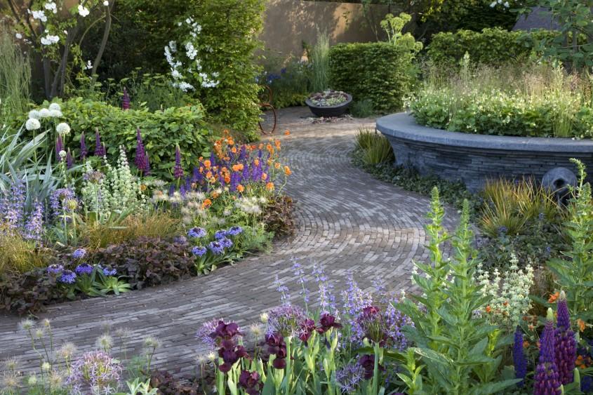 Cleve West, Garden Designer, Landscape Design, Award Winning, Bupa Garden, Les Botta, concrete table